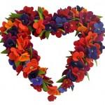 çiçekli kalp kapı süsü